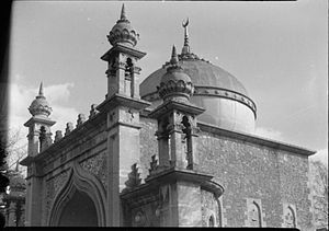 Shah Jahan Mosque, Woking - The dome of Shah Jahan in 1945
