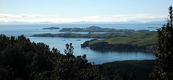 Motutapu, Rakino and the Noises, from Rangitoto.jpg