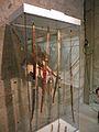 Musée de l'archerie salle II arc indiens.JPG