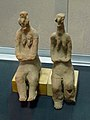 Musée national d'Ethiopie-Two female figurines-Tigray.jpg