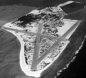 NAS Midway Sand Island aerial photo Apr 1945.jpg