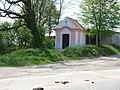 Načeradec, kaplička u silnice do Louňovic.jpg
