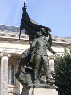 Battle of Boshof - Statue du colonel de Villebois-Mareuil in Nantes