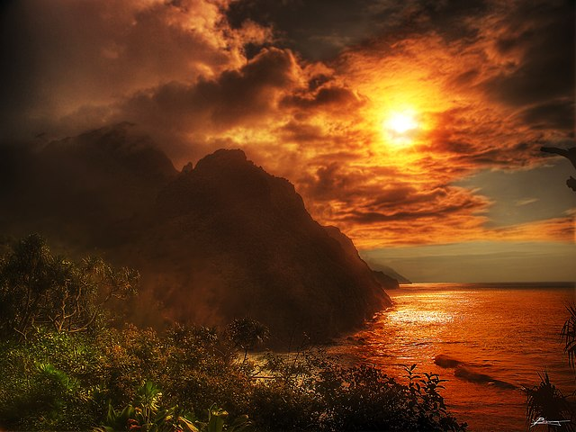 go: Kayak the Na Pali Coast