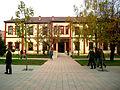 Ndërtesa ku është vendosur biblioteka e madhe ne Ferizaj 04.jpg