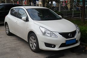 Nissan Tiida C12 China 2012-05-20.jpg