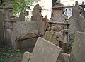 Old Jewish Cemetery, Prague 067.jpg