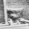 Oost-zijde noord-transept console beeldje - Amsterdam - 20013015 - RCE.jpg