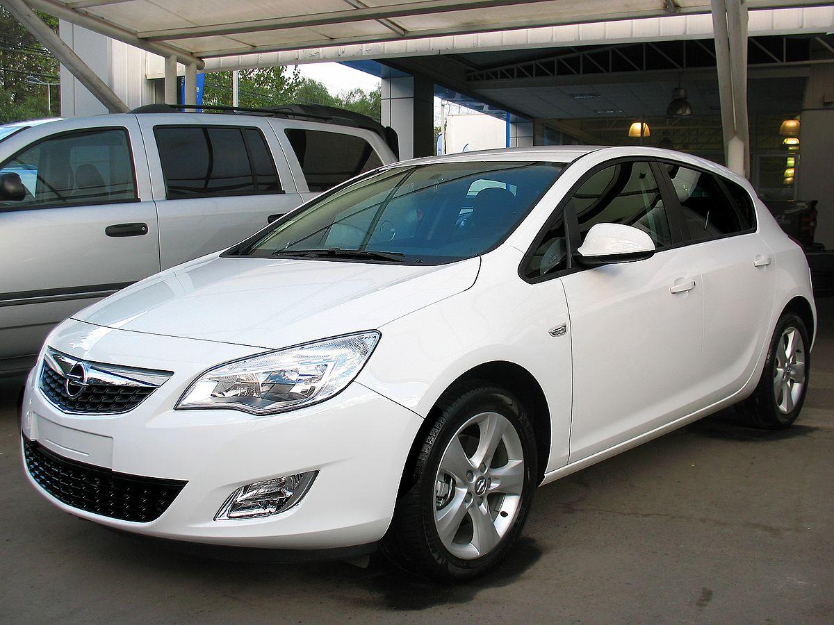 File Opel Astra 1 6t Enjoy 2013 9448390614 Jpg Wikimedia Commons