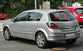 Opel Astra H 1.8 Innovation Facelift rear-1 20100822.jpg