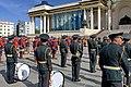 Orkiestra mongolskiej armii na placu Suche Batora w Ułan Bator 06.JPG