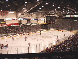 TD Place Arena - Image: Ottawa Civic Centre interior 2003