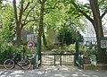 P1170533 Paris VII square des missions-étrangères rwk.jpg