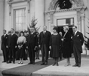 Pascual Ortiz Rubio - Image: POR y su esposa en Washington