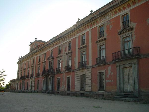 Palaces in spain - Residencia boadilla del monte ...