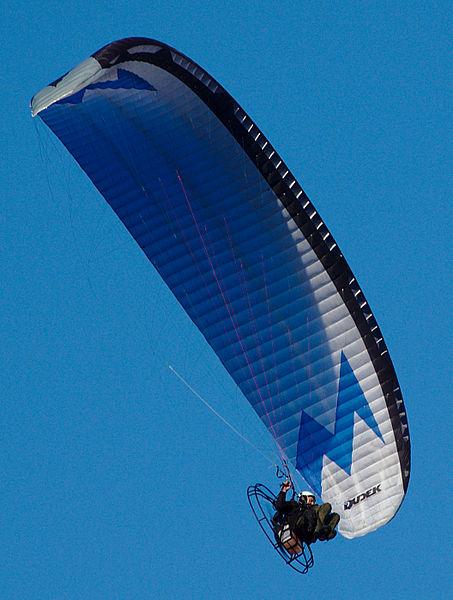 453px-Paramotor_-_Dudek_Paragliders2.jpg