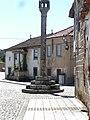 Pelourinho de Sernancelhe (5986783845).jpg