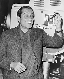 Perry Como American singer, actor, television personality