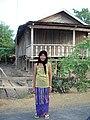 Phụ nữ Eđê trong trang phục truyền thống ở Đắk Lắk.JPG