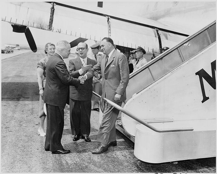 File:Photograph of President Truman shaking hands with the President of Ecuador, Galo Plaza, upon his arrival at... - NARA - 200299.jpg
