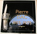 Pierre Dac - commemorative plaque.JPG