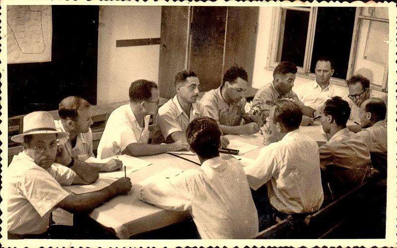 ישיבת הוועד הראשונה בראשות יעקב כהן