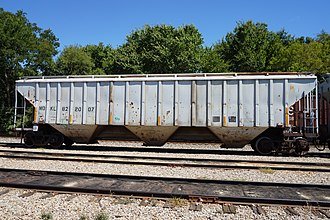 Hopper car - American hopper car at Pittsburg, Texas, in 2015