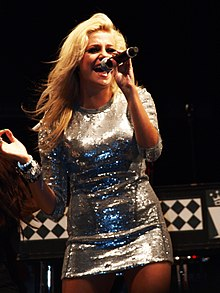 Pixie Lott @ Blackpool Pleasure Beach 4.septembar.2009 godine