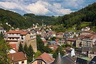 Plombières-les-Bains - Image: Plombieres les bains vue Ouest