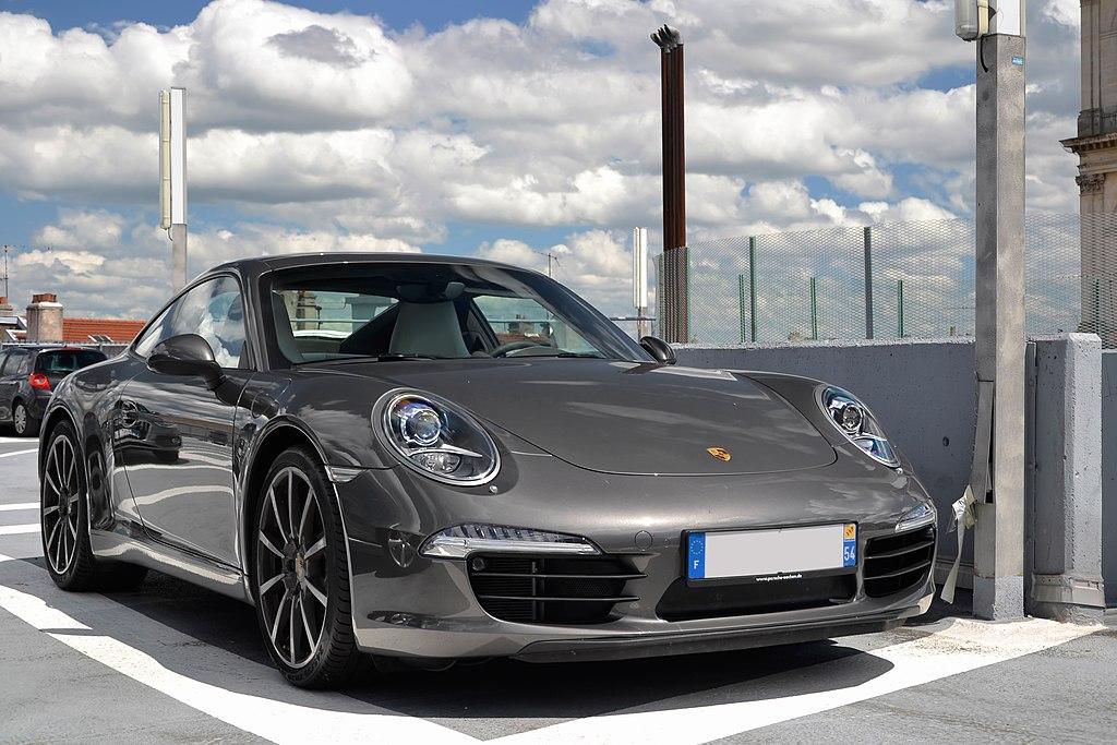 File:Porsche 911 Carrera S (7522427256).jpg - Wikimedia Commons