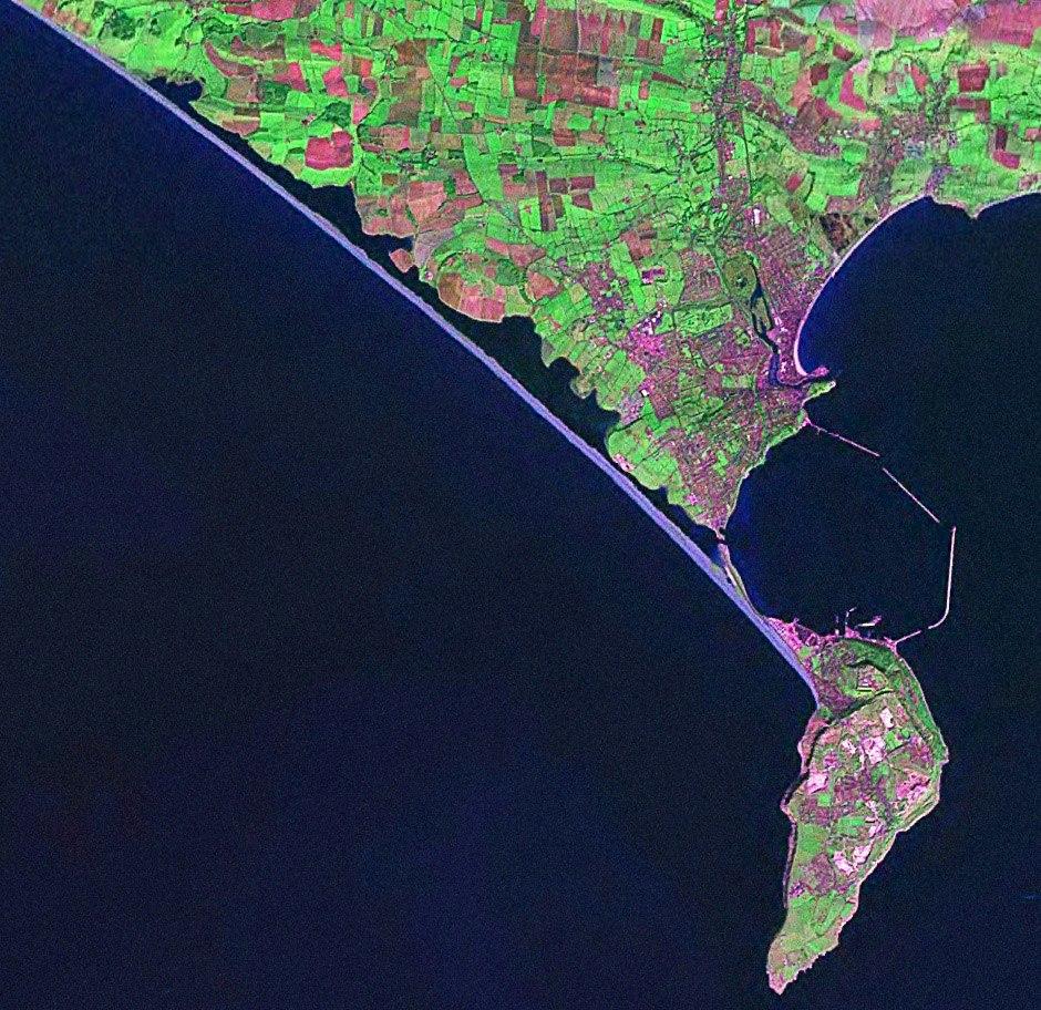 PortlandBillAndChesilBeach(Landsat)