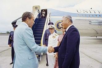 Hiram Fong - President Nixon greeting Senator Fong in 1972