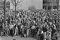 Protestbijeenkomst omroeppersoneel in Hilversum ivm afwikt CAO door minister Bri, Bestanddeelnr 933-2855.jpg