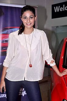 Puja Gupta Promotions of 'Go Goa Gone' in association with Volkswagen 09.jpg