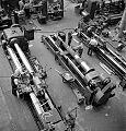 QF 4 inch Mk XVI gun manufacture Sorel industries 1943 LAC 3197381.jpg
