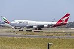 Qantas (VH-OEB) Boeing 747-438(ER) at Sydney Airport (2).jpg