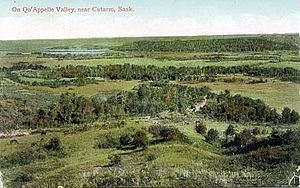 Agriculture in Saskatchewan - Qu'Appelle Valley near Cutarm, Sask., circa 1910
