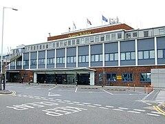 Куинс-билдинг - geograph.org.uk - 581458.jpg
