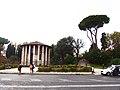 Roma, Tempio di Ercole Vincitore (2).jpg