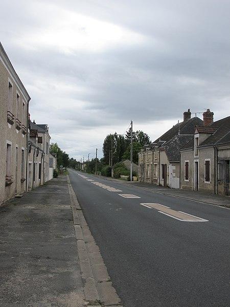 Route de Saint-Gaultier, Meobecq, France