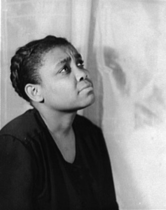 Porgy and Bess - Ruby Elzy as Serena in the original Broadway production of Porgy and Bess (1935)