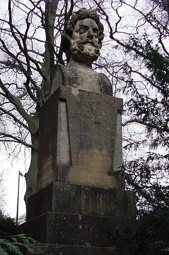 Royal Victoria Park, Bath - Image: Rvpgreatdelstatue