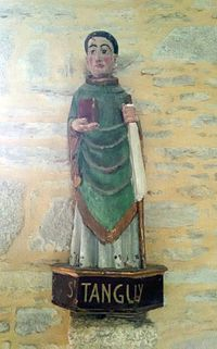 Saint Tanguy statue.jpg