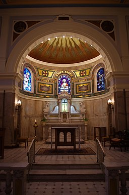 Saints Peter & Paul Cathedral (Indianapolis, Indiana), Blessed Sacrament Chapel, interior, sanctuary