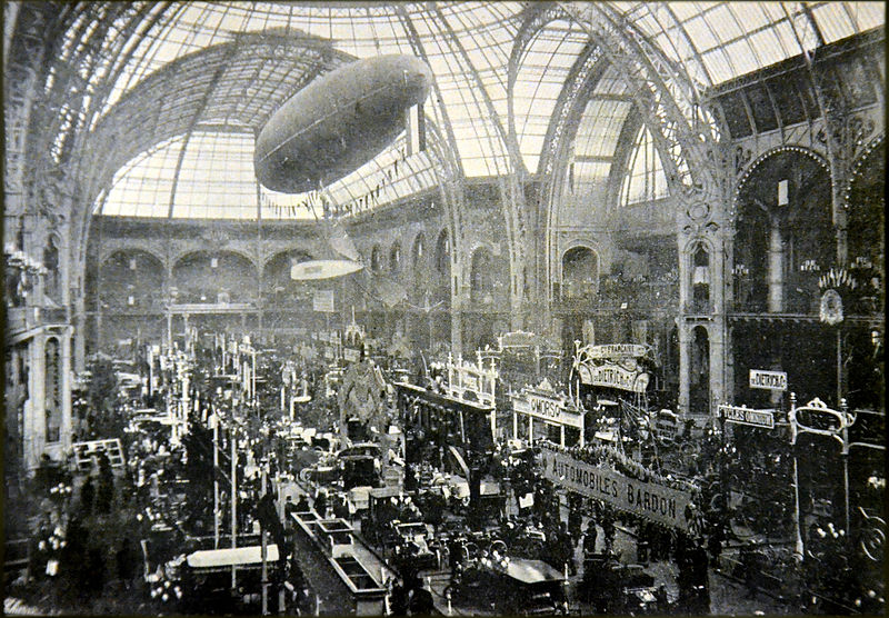 File:Salon Automobile Paris.jpg