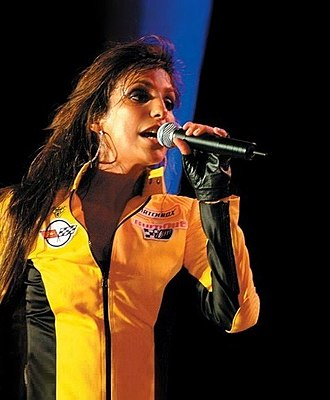 Ivete Sangalo - Sangalo in 2004.