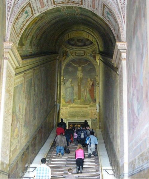 Archivo: Scala Santa 1.jpg