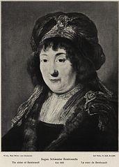 Woman wearing a turban