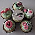 Scrapbooking Cupcakes! (4434361546).jpg