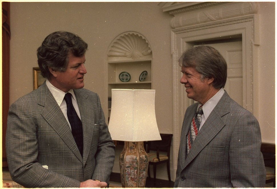 Senator Edward Kennedy meets with Jimmy Carter - NARA - 177025